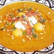 Koude meloen gazpacho met krokante rauwe ham