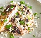 Zalm met geroosterde bietjes, feta, bosui en rijst