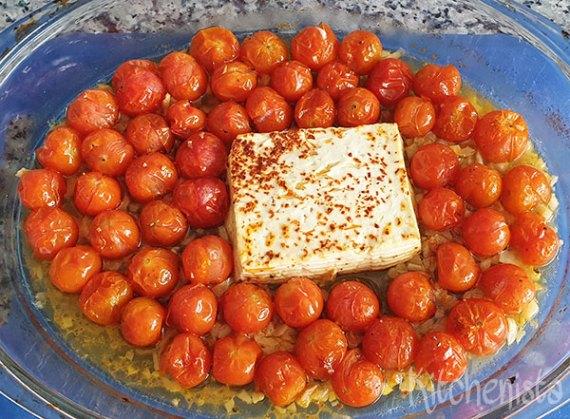 Feta en tomaatjes pasta uit de oven (TikTok hit)