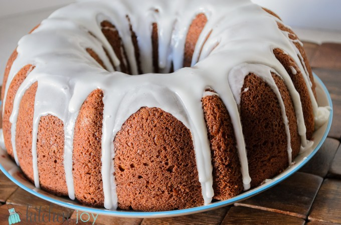 Pumpkin Spice Bundt Cake - Kitchen Joy