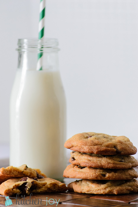 cook's illustrated chocolate chip cookies, americas test kitchen chocolate chip cookies