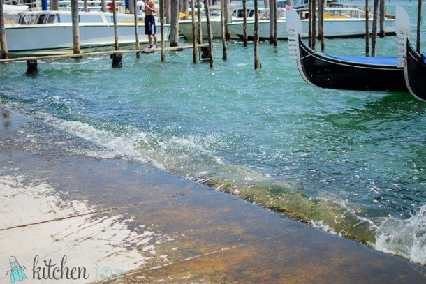 Even being pulled by a tug boat, it turned the lagoon into a wave pool. I got wet.