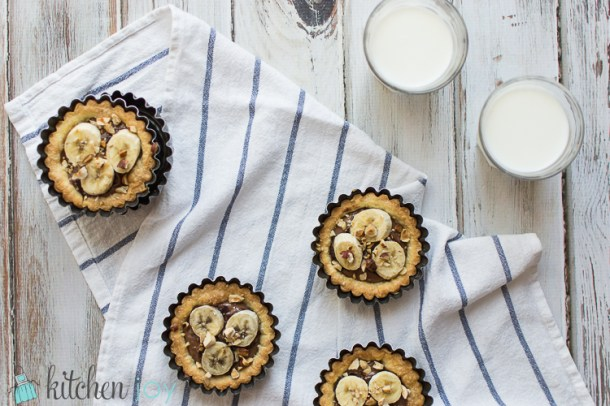Nutella Tartlets with Banana