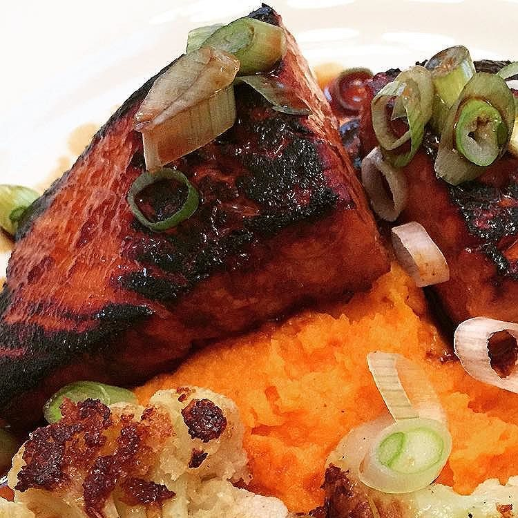 Honey Sriracha Salmon Recipe