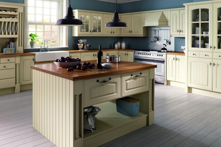 Ivory Westbury Kitchen scaled