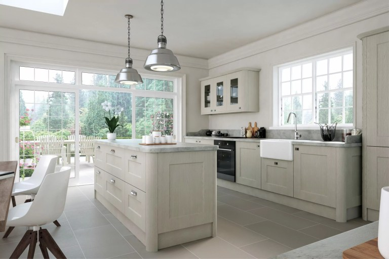Oakgrain Grey Cambridge Kitchen scaled