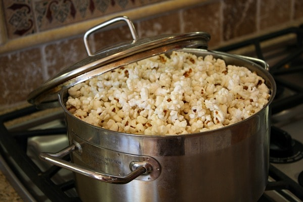 How To Make The Popcorn On The Stove