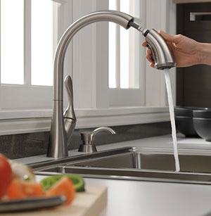 Pull-Down Spray Wand with MagnaTite Docking