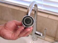installation and repair kitchen faucet