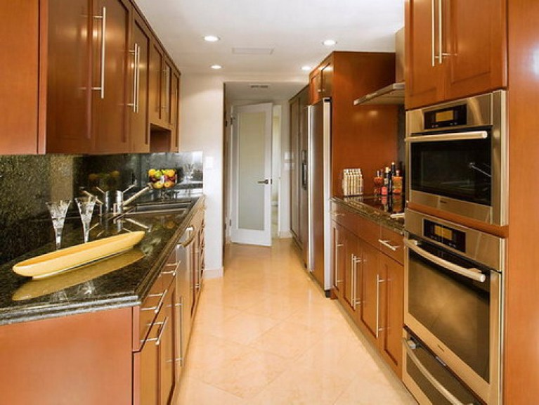 Shape Galley for an Inviting Appeal