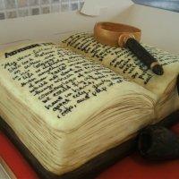Geek Cake Friday: 14 Non-BBC Sherlock Cakes