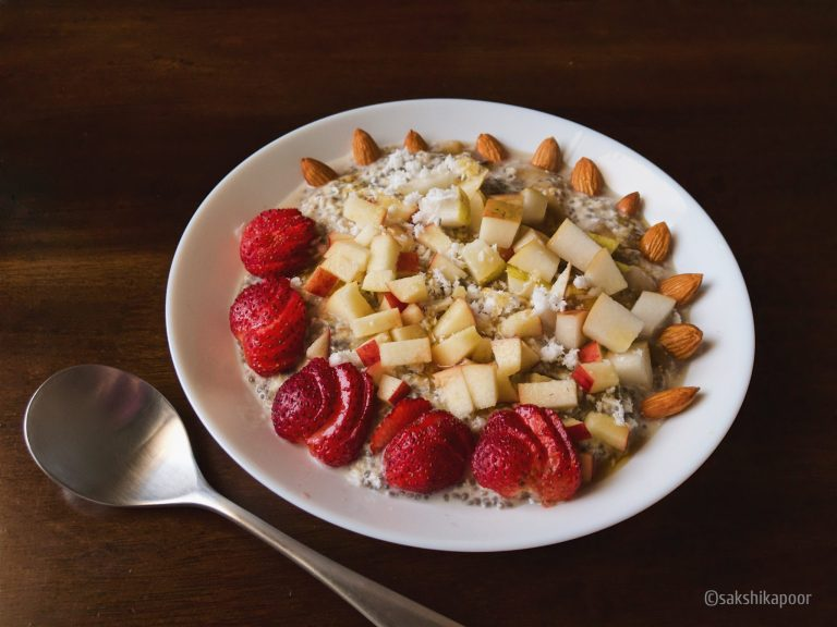 overnight oats with strawberry, apples and almonds