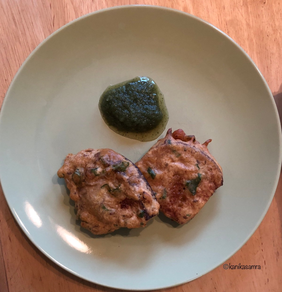 Fritters with Chutney!