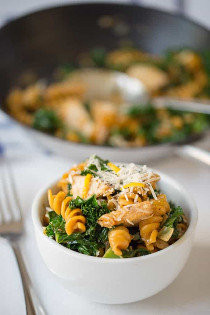 Garlic Chicken pasta with Kale - a tasty one-pot dish ready in 25 minutes.