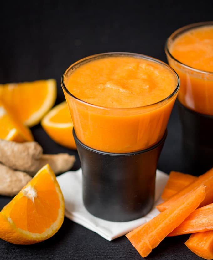 Orange, carrot and ginger HOT smoothie - a quick and healthy hot smoothie for a cold day.