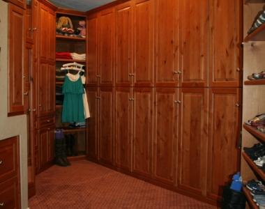 Large Clothing and Shoe Closet