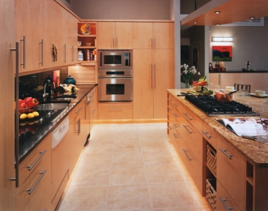 Maple Contemporary Kitchen