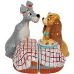 Westland Giftware Magnetic Ceramic Salt and Pepper Shaker Set, First Kiss, Multicolor