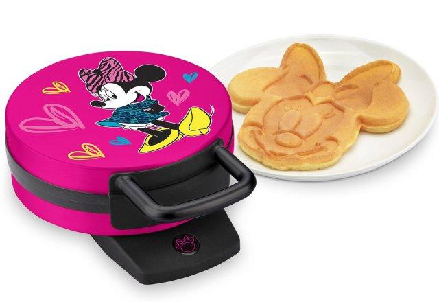 Disney DMG-31 Minnie Mouse Waffle Maker, Pink