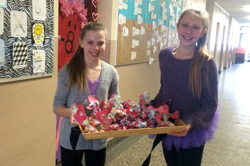 Stephanie Lee and Daeva Miles raised money for the Breast Cancer Foundation.
