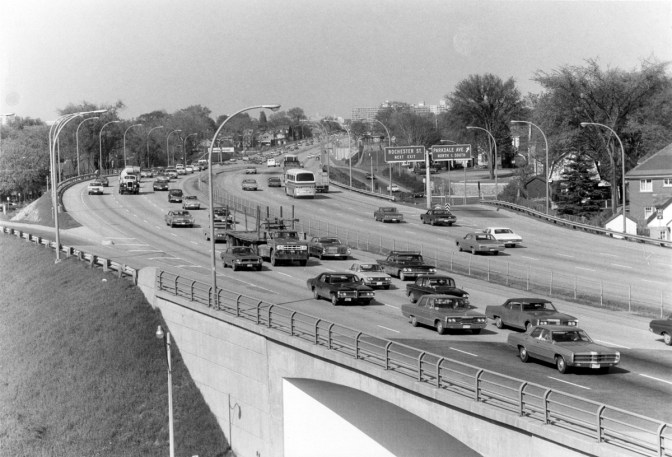 The Parkdale off-ramp (looking east) pictured here in 1971. Photo courtesy of the City of Ottawa archives (CA-24212)