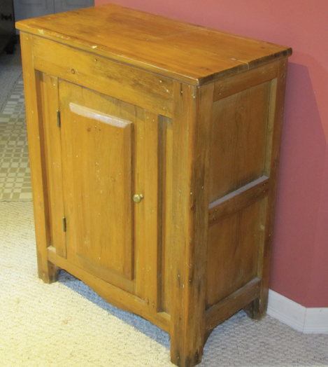 WEB-Collected-Treasure-cabinet