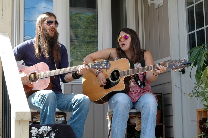 A photo of the Jimmy Tri-Tone Band performing in the 2017 Porchfest.