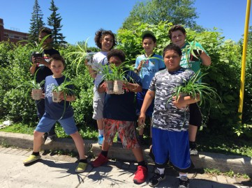 Connaught School Pays it Forward