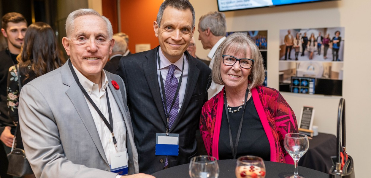 Bob Chiarelli, Mark Sutcliffe and Randi Hansen pose for a photo during the Royal Ottawa Foundation's 40th anniversary gala in November 2019.