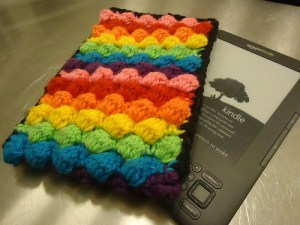 Crocheted Kindle Cover by Hesta Villiers