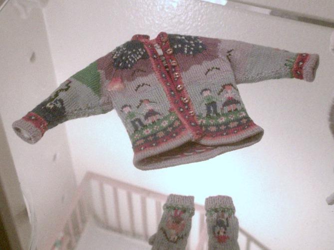 TinySweaters02