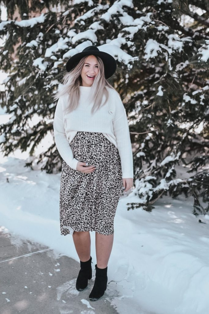 midi leopard skirt outfit