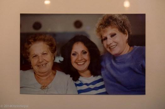 La nonna, la sorella e la mamma di Jody