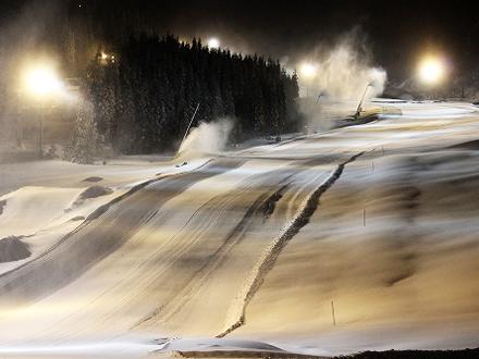 【鷲ヶ岳スキー場】オールナイトで初級者〜上級者まで遊べるコース!