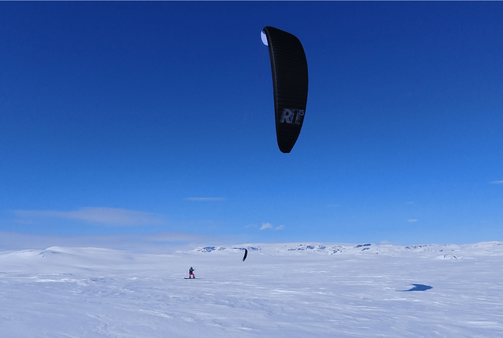 Norway Mountain plateau snowkiting Ozone
