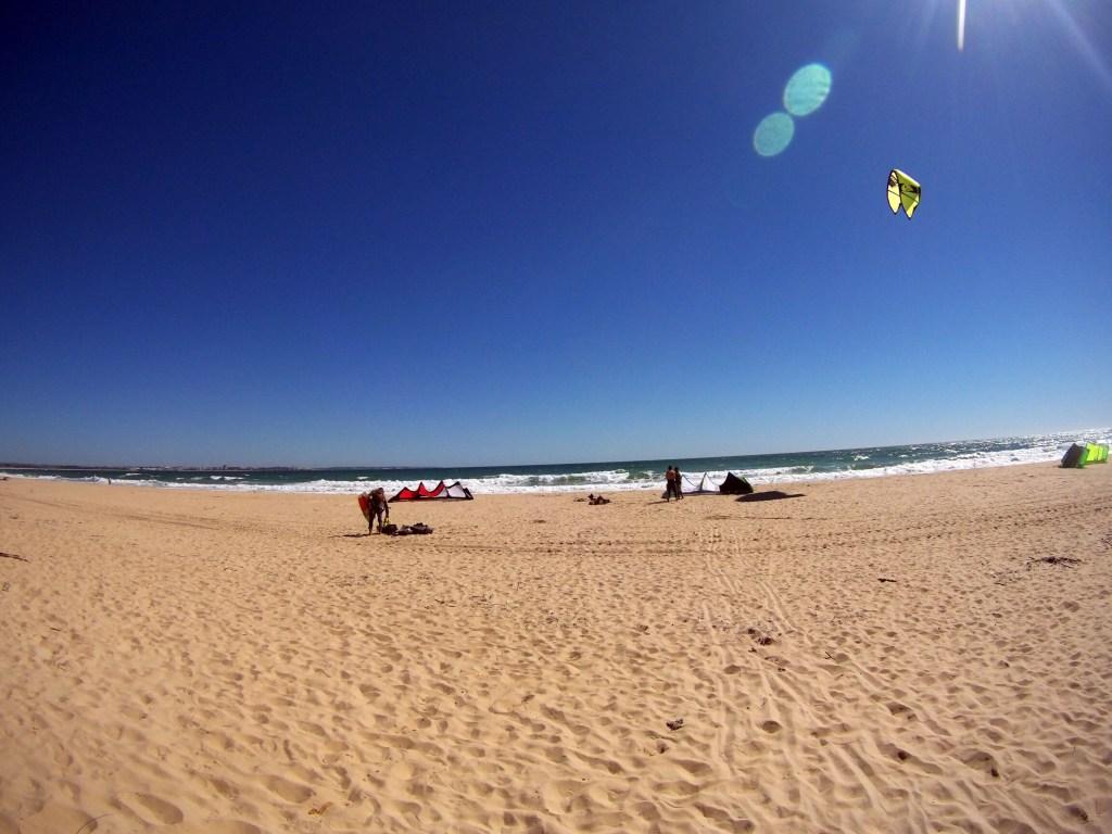 kitesurfing meia praia