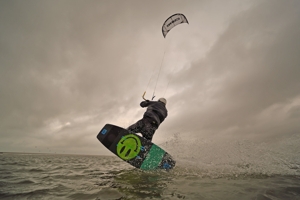 Kitesurfen december - Winterkiten