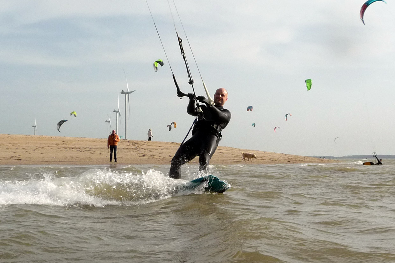 kitesurfen maart nederland