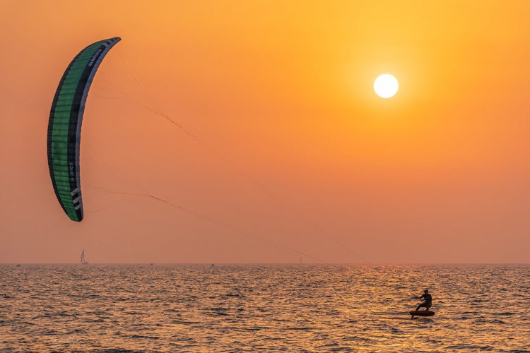 Kitefoiling - Formula kite