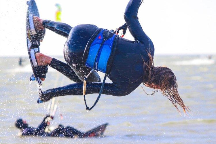 Visie op, en onderzoek naar, gevaar, risico en letsel kitesurfen… Foto: Iris Everts