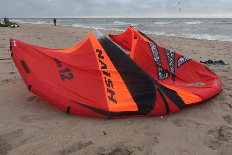 De Naish Triad 12 meter. Lees verder en bekijk het filmpje over de prestaties van deze kite.