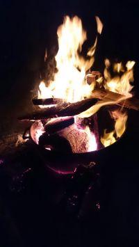 ... brennt weiter...