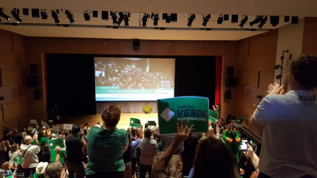 In this August 6, 2016 photograph, delegates and supporters stand and applaud during the Green Party National Convention at the University of Houston. (MintPress News / Kit O'Connell)