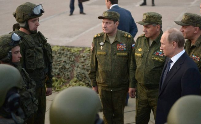 Vladimir Putin meets with Russian army soldiers. September 19, 2015. (Wikimedia Commons / Russian Presidential Press and Information Office)