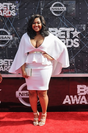 06/28/2015 - Jazmine Sullivan - 2015 BET Awards - Arrivals - Microsoft Theater - Los Angeles, CA, USA - Keywords: full length, singer Orientation: Portrait Face Count: 1 - False - Photo Credit: Aaron J. Thornton / PR Photos - Contact (1-866-551-7827) - Portrait Face Count: 1