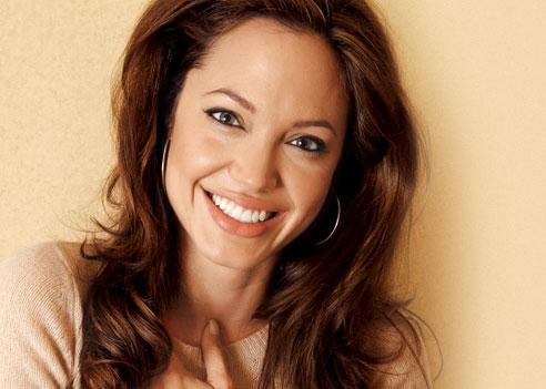 Bi Angelina Jolie 02