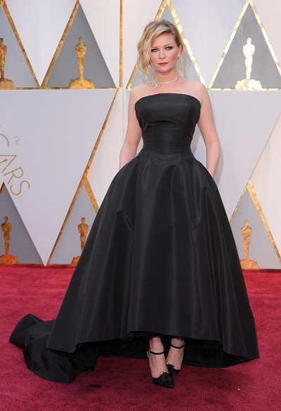 oscars kirsten-dunst-oscars-2017-red-carpet-in-hollywood-3