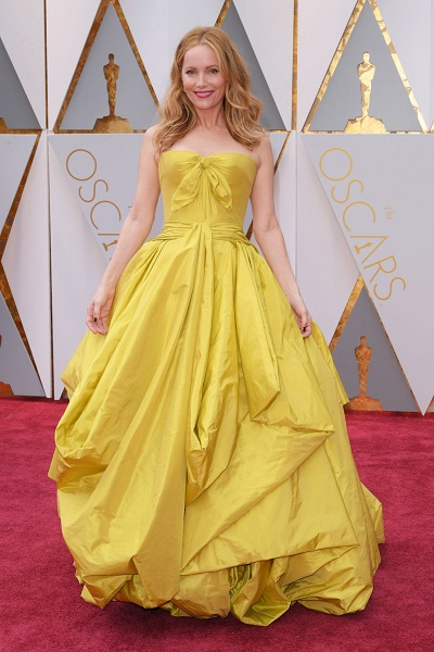 oscars leslie-mann-oscars-2017-red-carpet-in-hollywood-1