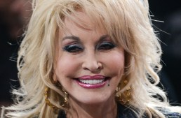 Love her, Love this –  Dolly Parton Calls Out Christians for 'Judging' the LGBT Community
