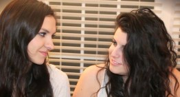 '10 Worst Ways To Break Up' by YouTubers Bria And Chrissy